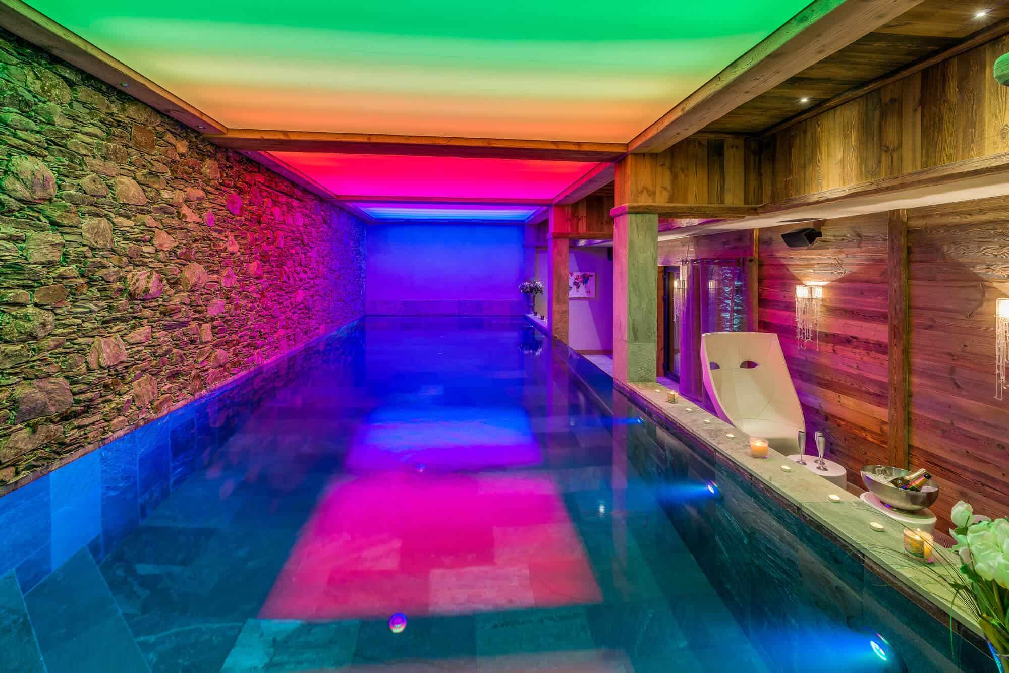Louer un chalet de luxe avec une piscine privée